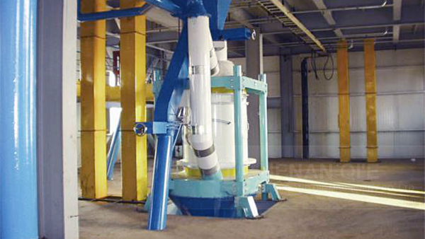 "china pellet mill "" three years quality guarantee of gear"